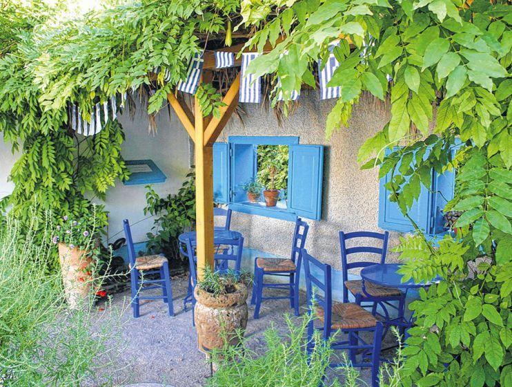 Jetzt ist Zeit, den Traumgarten zu planen - Ein kleiner Teich, ein Beerengarten, der zum Naschen einlädt, ein Stückerl Blumenwiese und ein großer Kräuter- und Gemüsegarten! Mehr dazu hier: http://www.nachrichten.at/freizeit/haus_garten/Jetzt-ist-Zeit-den-Traumgarten-zu-planen;art123,1344201 (Bild: Ploberger)