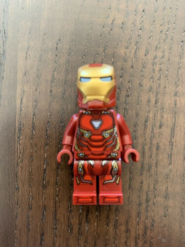 NEW LEGO Marvel Super Heroes Minifigure 76107 Iron Man Mark 50 Armor