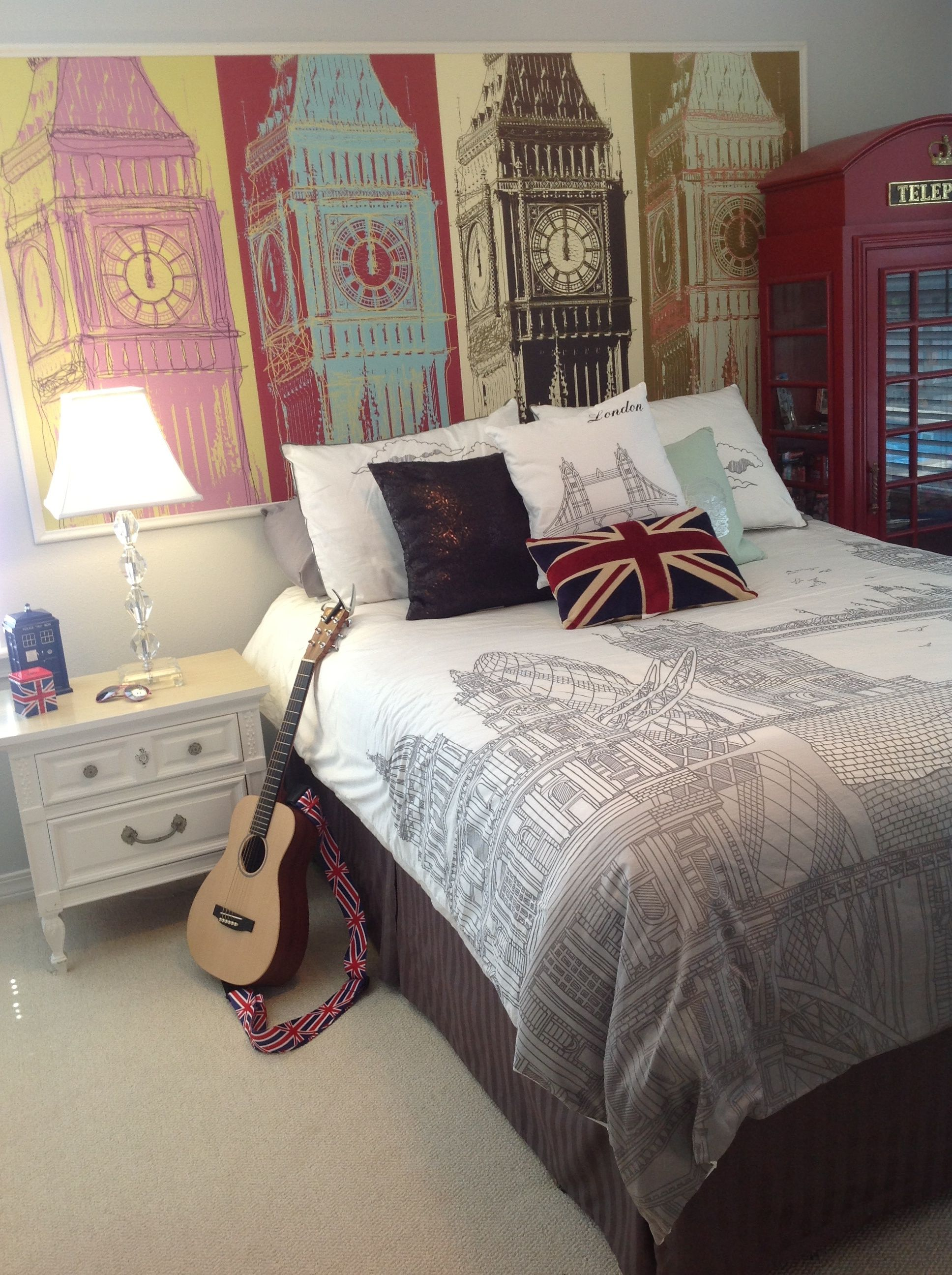 Myw Customer Christopher M Used A Modern Big Ben Wallpaper To Decorate A Uk Inspired Bedroom Wall London Bedroom Themes Bedroom Themes Travel Themed Bedroom Customer inspiration my bedroom