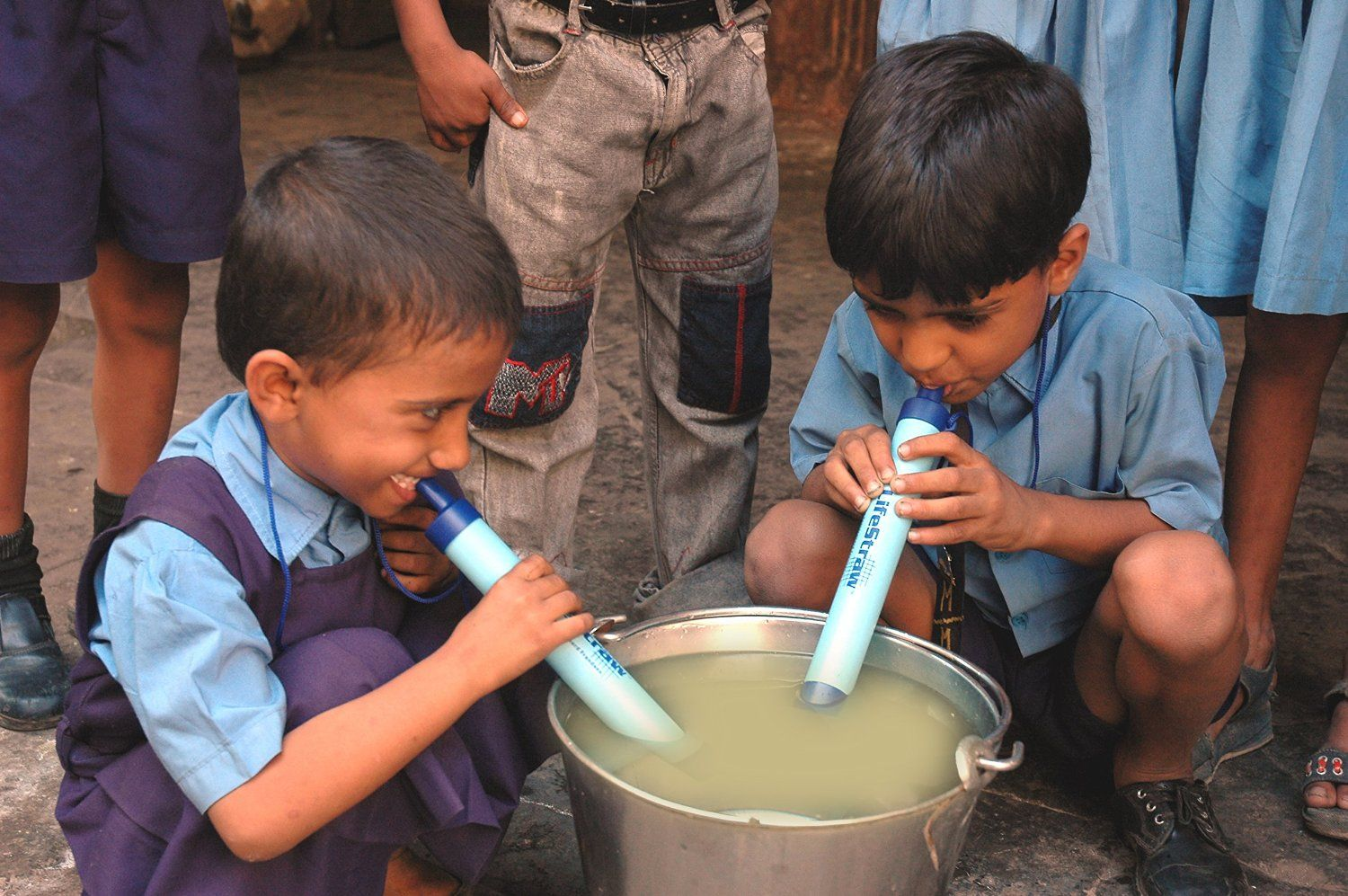 Life water straw now you can drink clean water everywhere
