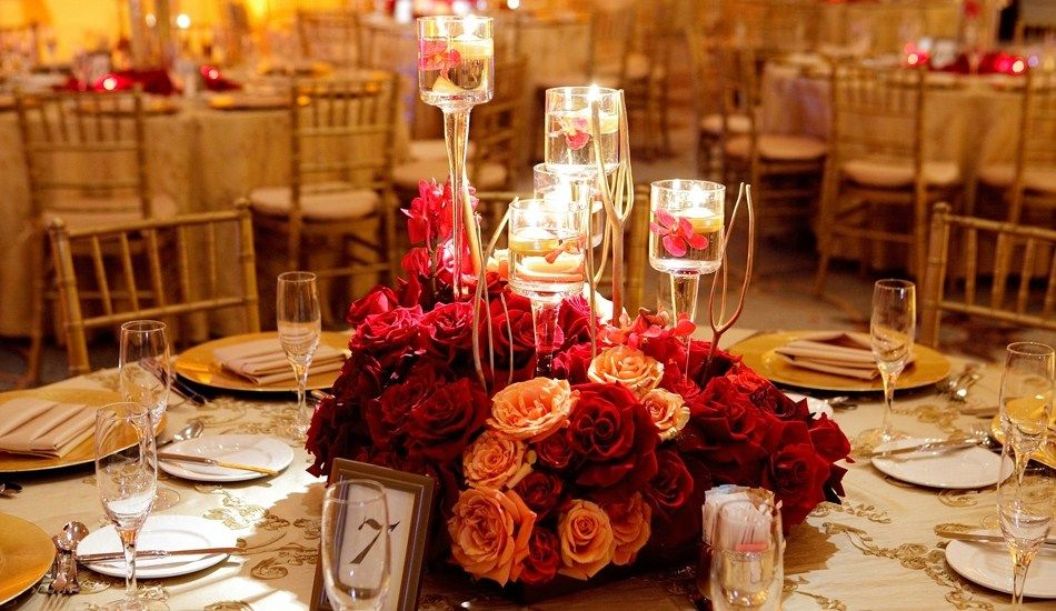 Burgundy & Champagne – Sonia Sharma | Tablescapes | Pinterest ...