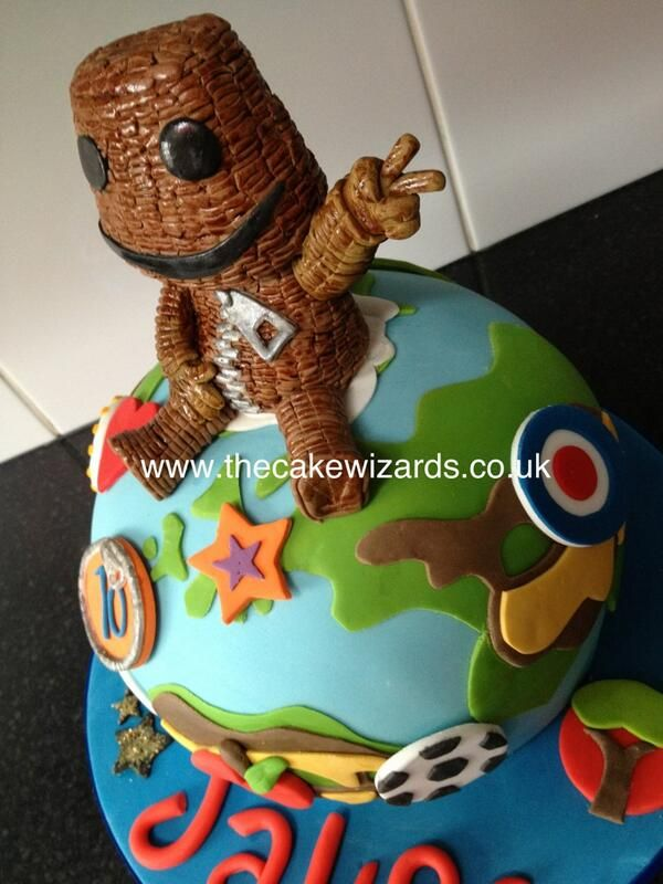 Admirable Little Big Planet Cake With Images Planet Cake Planet Birthday Cards Printable Riciscafe Filternl