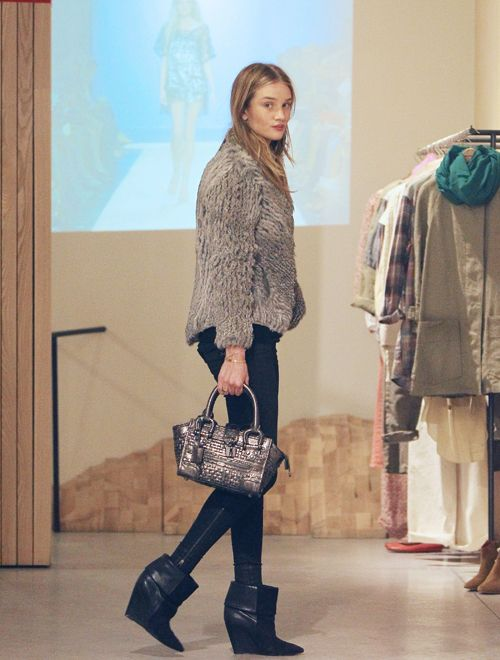 4648bc2abc9 Rosie in Isabel Marant boots | STYLE MUSE: ROSIE H-W | Fashion ...