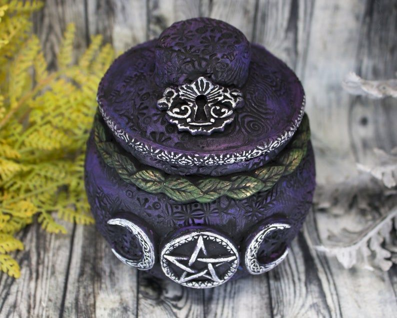Triple Moon Pentacle Witch Potion Bottle Apothecary Jar /Pentagram Wiccan Decor Bowl Wiccan Altar Statue Art Pagan Altar Witchcraft Talisman #wiccandecor