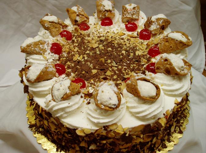 How To Make Cannoli Cream Cake Boss
