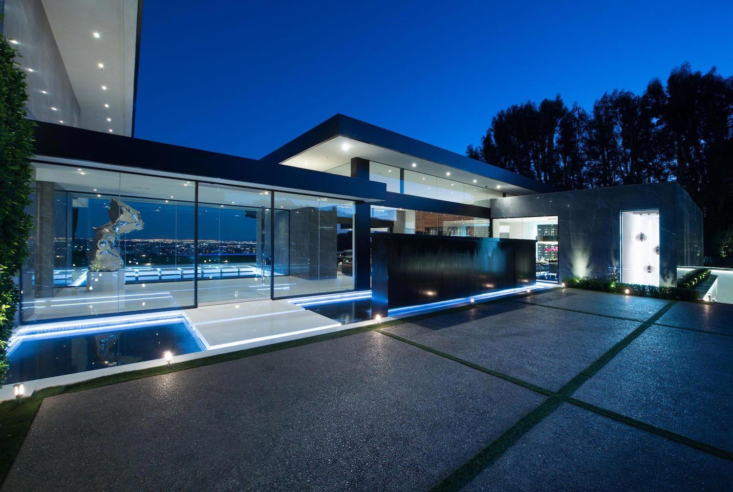 Stradella Ultramodern Masterpiece Home on the Hollywood Hills