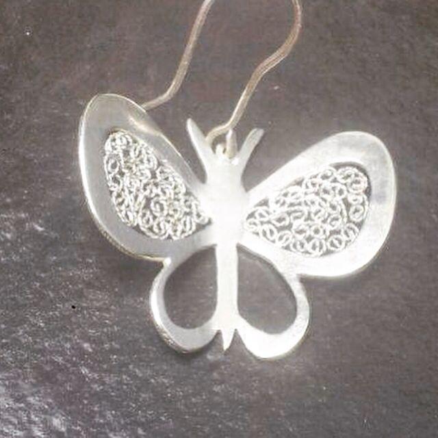 Mariposa en plata ley 925 , técnica filigrana