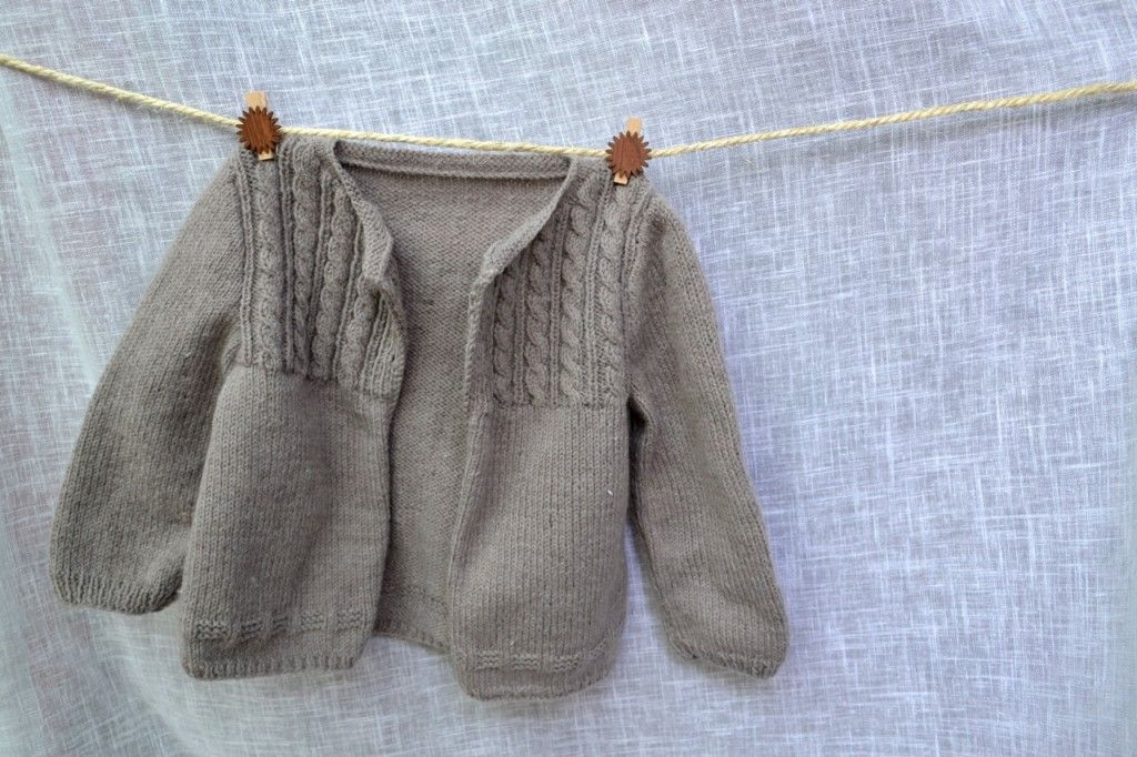 modele tricot gratuit gilet bebe