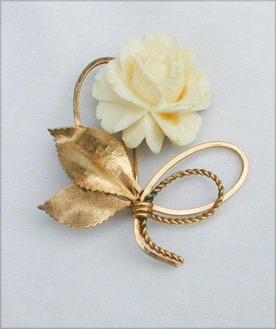 pin vintage ivory rose