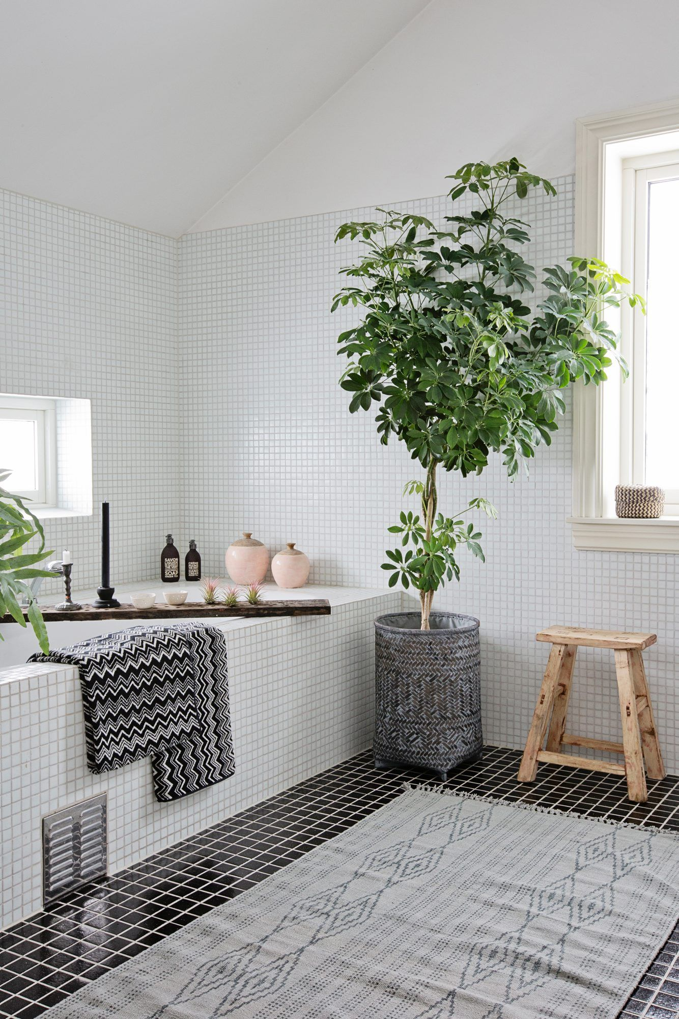 The Tile Look You Either Love, Or Love to Hate | Pinterest | Spa ...