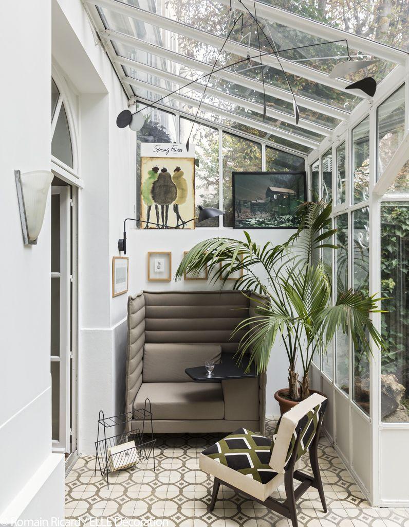 Un Appartement Romantique Entre Ville Et Campagne Elle Decoration Jardin D Hiver Petite Veranda Amenagement Jardin