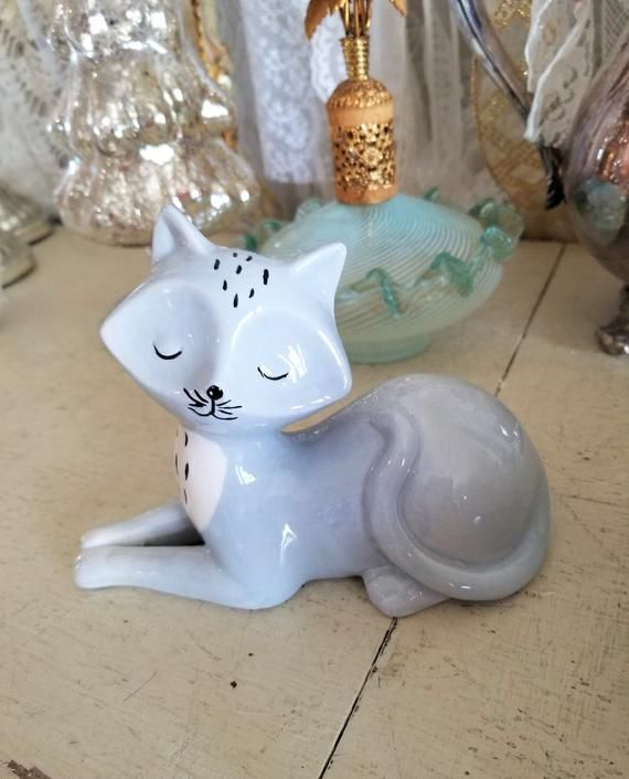 sweet Fox figurine figure vintage animal barnyard farm hunting Kitschy knick knack #knickknack