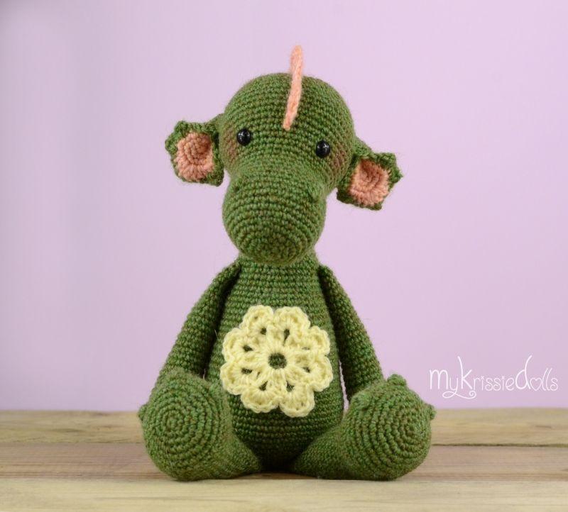 Draakje Julia | Krissie dolls | Pinterest | Drachen und Einhörner