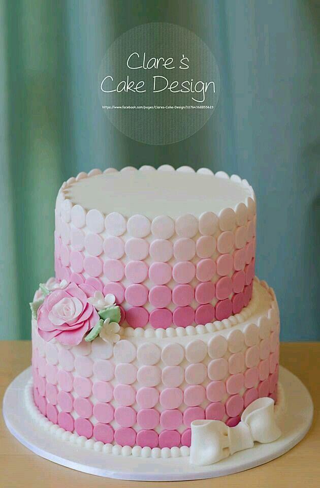 Kptallat a kvetkezre tortas redondas de 3 pisos en degrade de