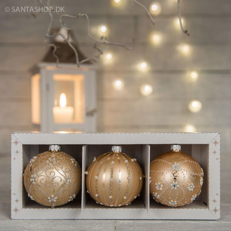Sæt med 3 julekugler i mat guld
