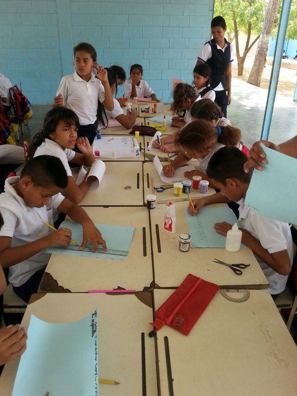 @FEdumedia : RT @MaryoriMolina: Encuentro deportivo del Circuito Educativo n17 #SemanaEducaciónEspecial #Carirubana #Falcón @MPPEDUCACION https://t.co/aX7ErTGQFw