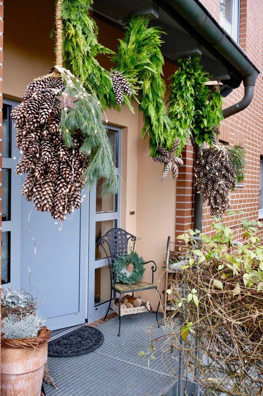 Photo of Large cones and green cut garland – Karin Urban – NaturalSTyle