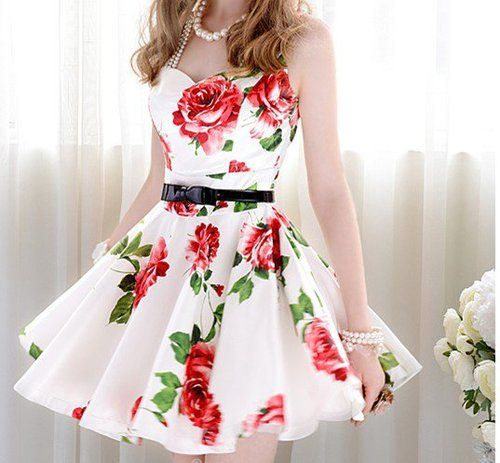 Super Cute Red And White Fl Dress With Thin Black Belt Gorgeous