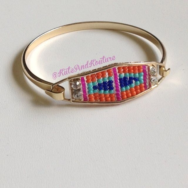 Fashion Jewelry Tribal beaded bangle available in 2 color combo