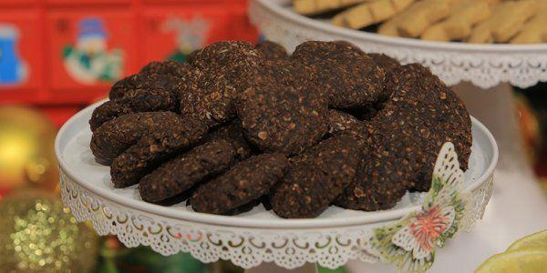 Cbc Sofra طريقة تحضير بسكوت صيامي بالشوفان و الكاكاو سالي فؤاد Recipe Recipes Food Cookies