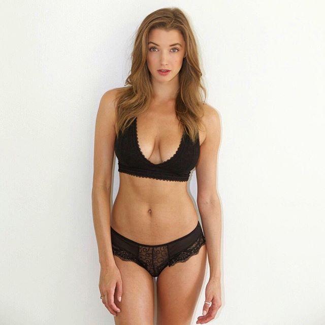 Alyssa Arce Lovely Lady Of The Day Chicas Bikinis Swimwear Y