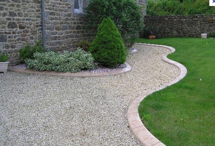 Extremement allée toute en courbes autour de la maison | jardin | Jardins IA-26