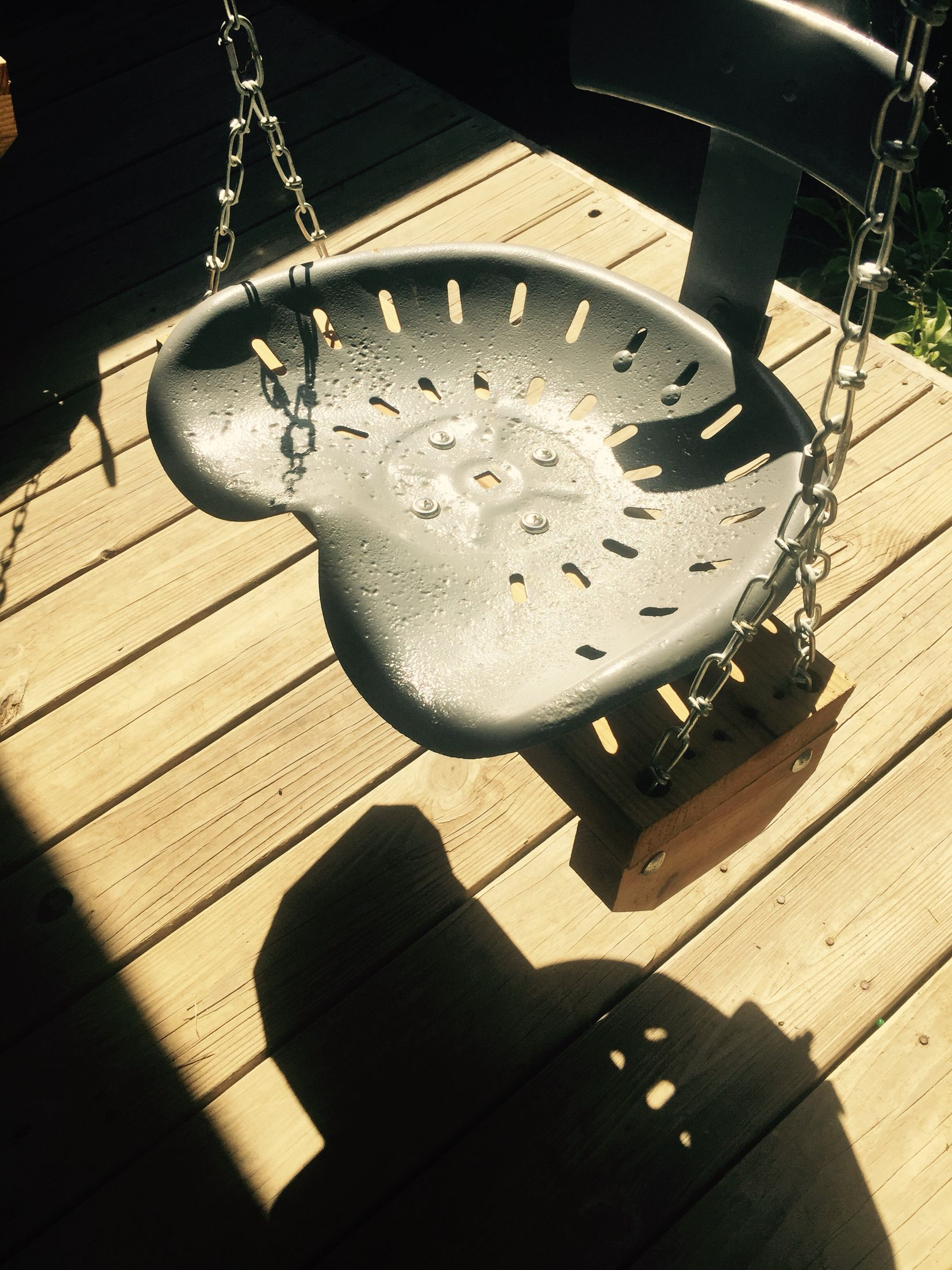 Old Tractor Seat Swing Love It Tractor Seats Lawn