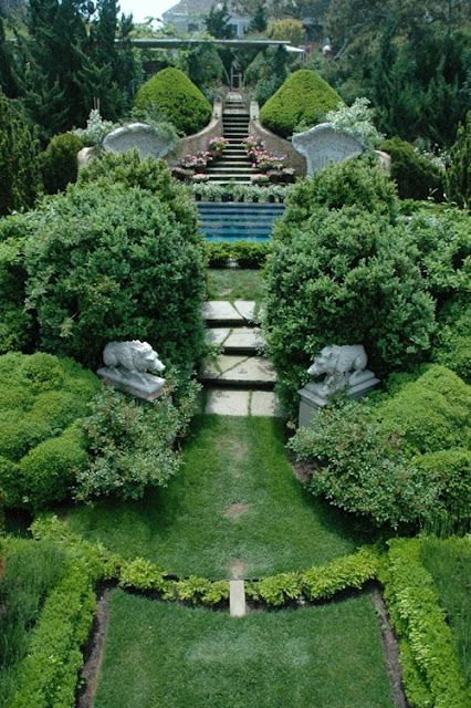 5th And State Those That Inspire Nashville Gorgeous Gardens Garden Landscape Design Beautiful Gardens