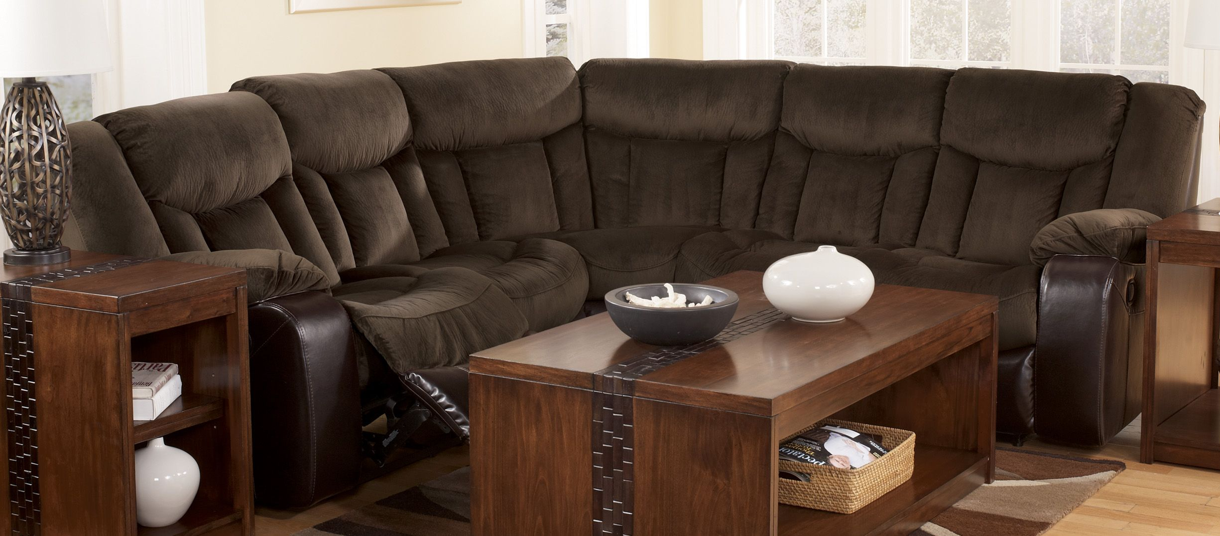 Sectional Sofa Reclining Motion Tafton Java Signature Design By Ashley Furniture Cincinnati Ohio Reclining Sofa Living Room Living Room Sofa Furniture