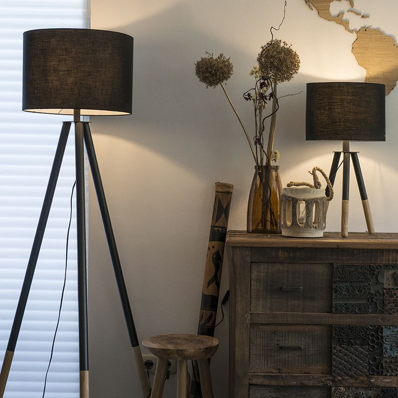 Eine super schöne Kombination aus Tisch und Stehleuchte der Pip - leuchten wohnzimmer landhausstil