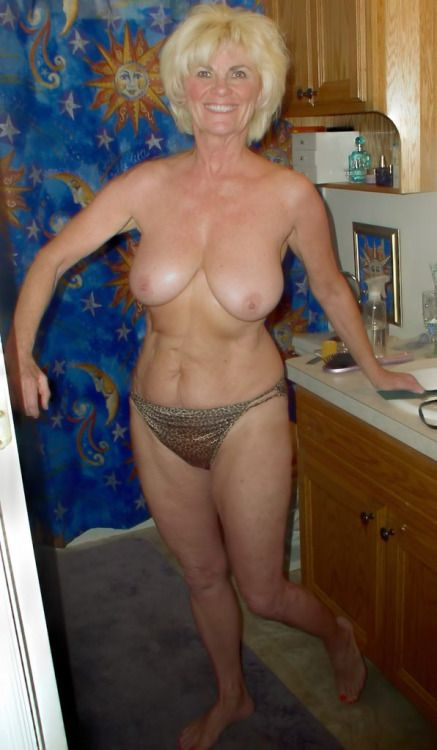 Nicely saggy blonde milf