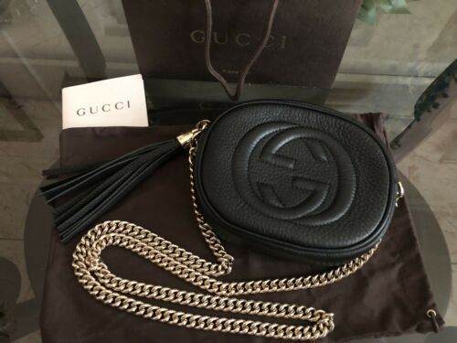12e73182e1a10f Gucci Women's Black Soho Leather Mini Chain Cross Body Bag | Gucci ...