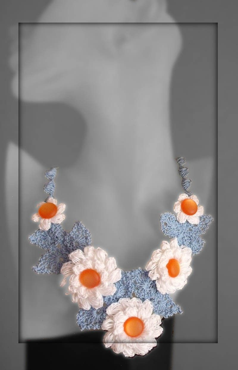 Free form crochet buttons flower necklace by FiBreRomance on Etsy ...