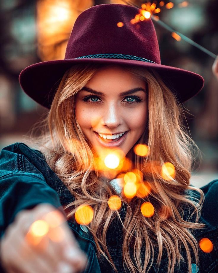 Awesome Moody Lifestyle Portrait Photography By Mark Singerman