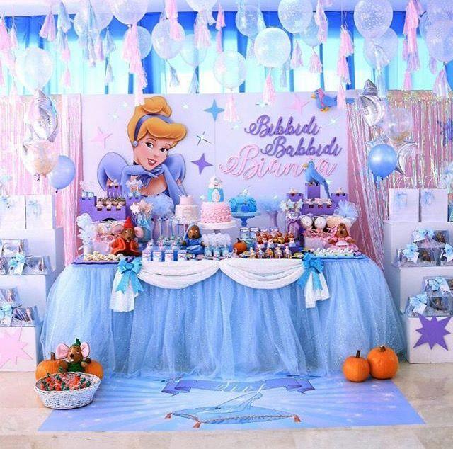 cinderella birthday party cinderella party in 2019 pinterest anniversaire princesse and deco. Black Bedroom Furniture Sets. Home Design Ideas
