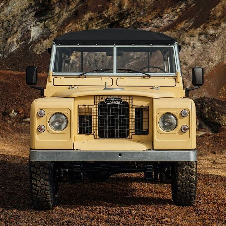 "ironylon: ""Land Rover 109 @landrover FOR SALE Discover more on www.coolnvintage.com/land-rover-109 #ironylon #fuelandstyle #landrover #defender #landroverdefender #landroverseries #carsofinstagram #photooftheday #fashion #carphotography #car #summer..."