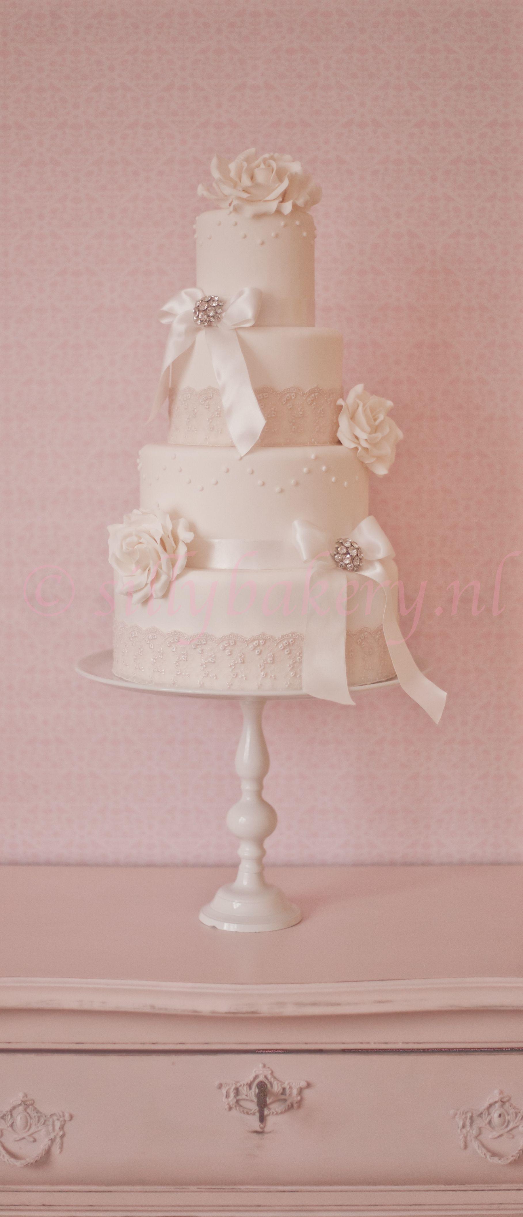 Wedding cake Vintage - Wedding cake, bruidstaart, silly bakery www ...