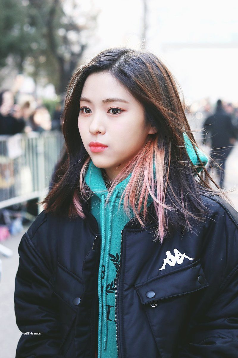 Nayeon Bias Wrecker Itzy Girl Crushes Kpop Girls