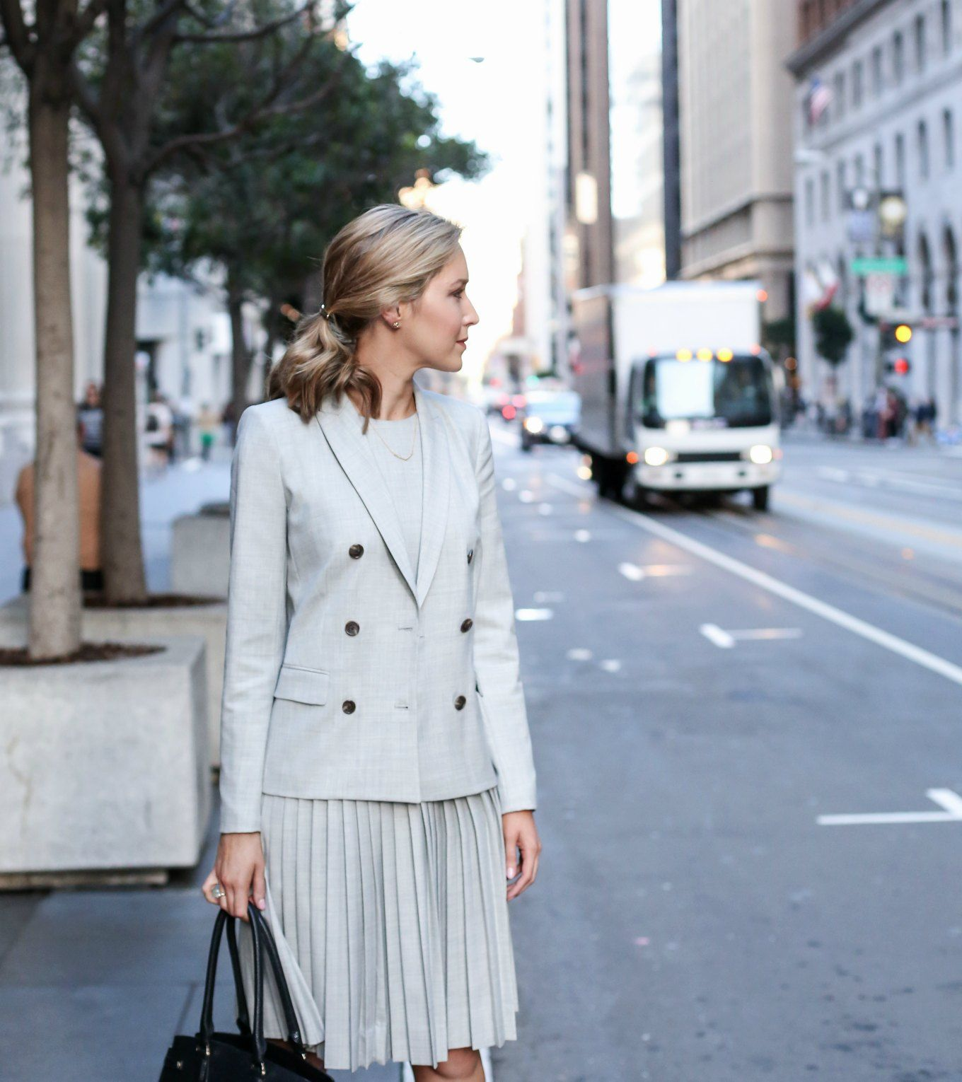 What To Wear To Your Next Interview - MEMORANDUM | NYC Fashion & Lifestyle Blog for the Working Girl