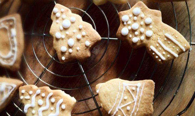 Petits sablés de Noël - Sablés décoratifs | Le bon Chef #sabledenoel Petits sablés de Noël - Sablés décoratifs | Le bon Chef #sabledenoel