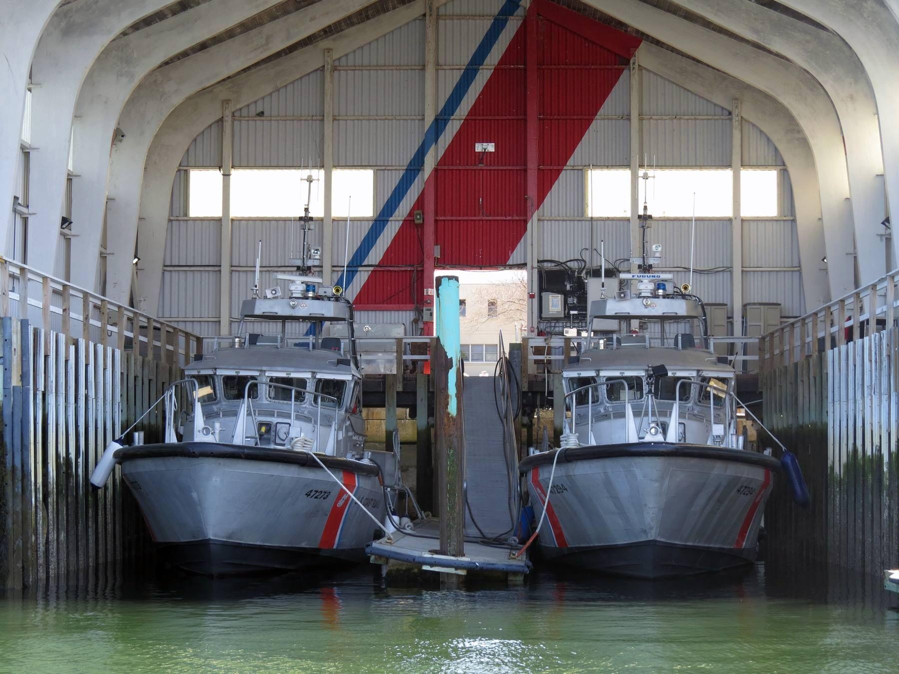 Sta Portsmouth Nh Two 47 Mlb S Coast Guard Boats Us Coast Guard Coast Gaurd