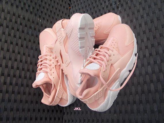 ccd060c9445 ... Baby Pink Rose Nike Air Huarache Rosa Nike Huarache by JKLcustoms
