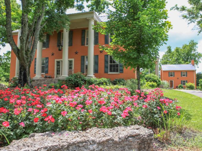 Goldens' historic Hendersonville home for sale The oak