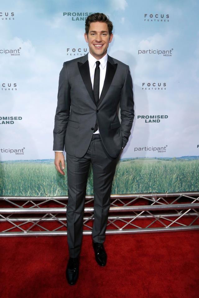 0c31eec8db John Krasinski in a two-tone grey wool Calvin Klein suit (2012 ...