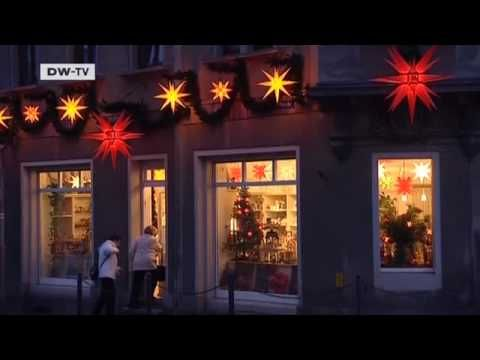 The Moravian star | Video of the day