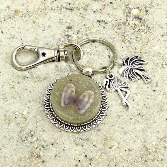 Seashell Keychain / Purse Charm / Zipper by FloridaShellGirlShop #seashells #keychain #shells #beach