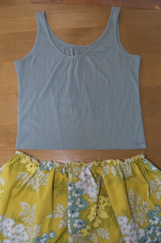 bfe21be6dc19 How to make a dress (with pockets!) out of a tank top and fabric ...