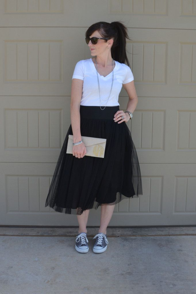 c806fc4f03 Casual Friday Link Up ~ Tulle Skirts with Chucks! Casual and cute!