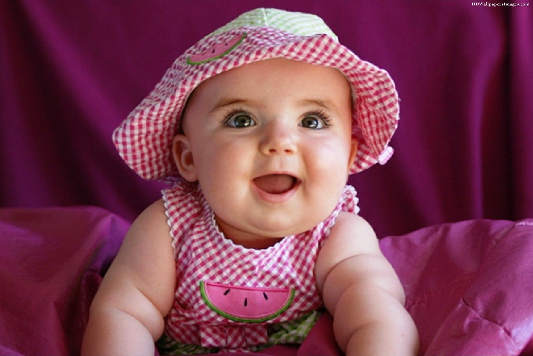 Smiling Beautiful Girl Baby Images Cute Baby Girl Images Cute Baby Wallpaper Baby Girl Images