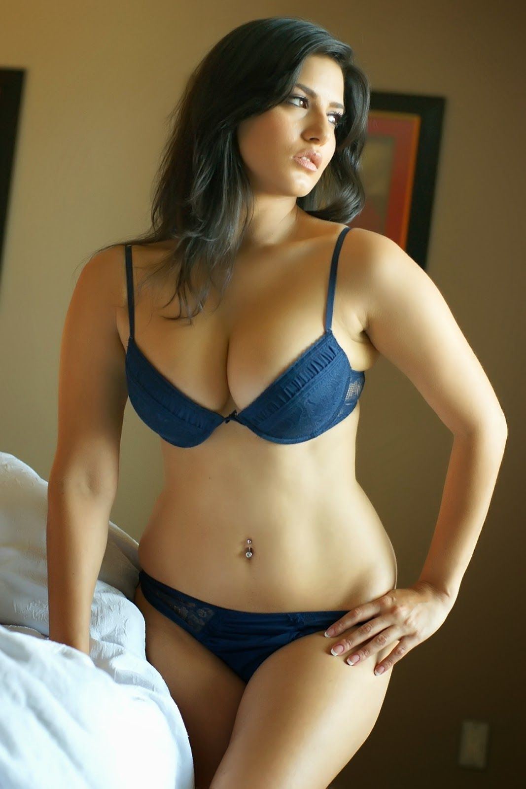 bb7d44b1dc507 Sexy Hottest   Sunny Leone in a sexy blue bikini